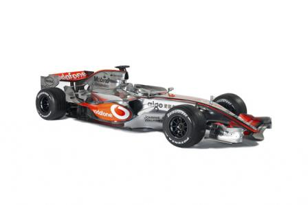 mp4 22 3q.thumbnail Official: McLaren F1 MP4 22 unveiled