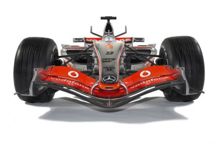 mp4 22 front on.thumbnail Official: McLaren F1 MP4 22 unveiled