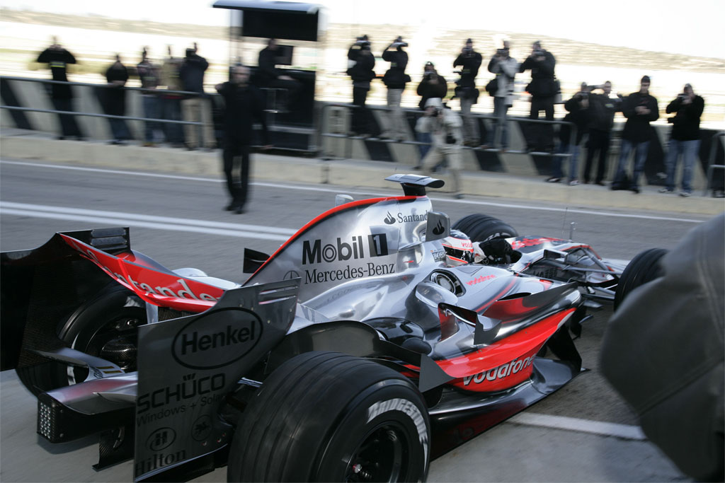 mp4 22 Prodrive F1 Team Will Use Mercedes Engines in 2008