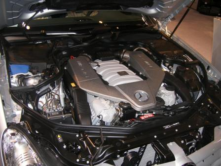 cls 63 amg engine bay.thumbnail Mercedes Stars at Show