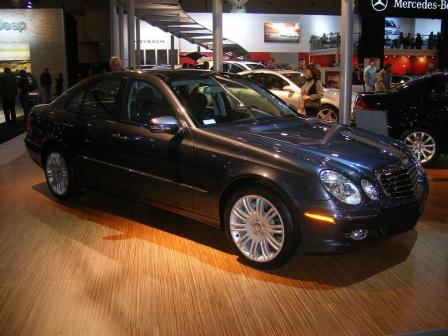 e350 4 matic.thumbnail Mercedes Stars at Show