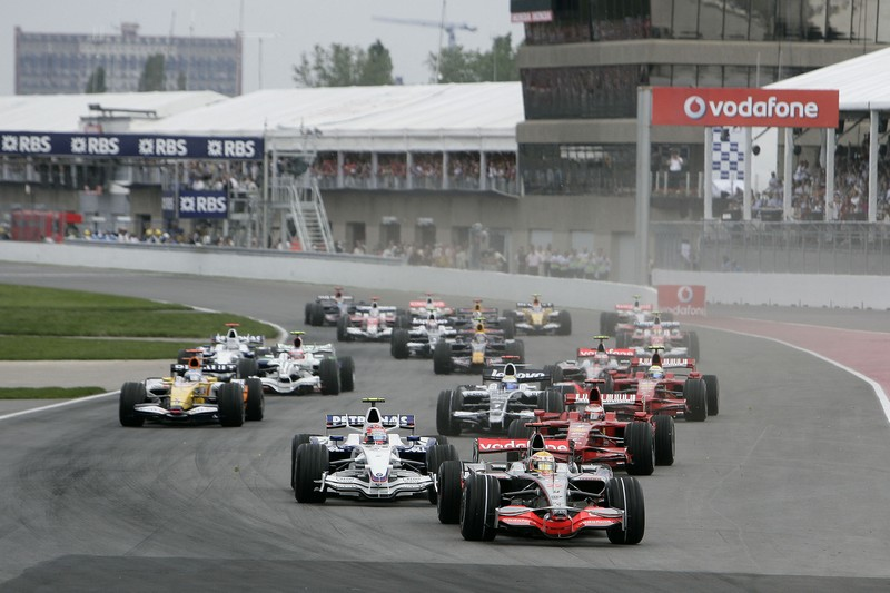 formula 1 grand prix in canada a mercedes benz fan blog. Black Bedroom Furniture Sets. Home Design Ideas