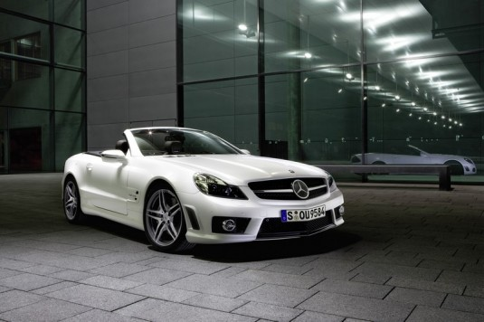 mercedes benz sl class roadster amg01 535x356 The Mercedes Benz SL is Europes most popular roadster
