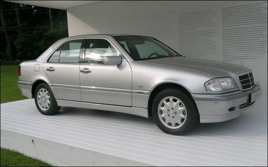 2000mercedes benz c220 cdi 535x333 Mercedes Benz diesel milestones in the last century