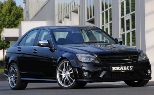 mercedes c63 amg brabus tuned 535x331 Brabus tunes the C63 AMG: Is it better than the RENNtech C63?