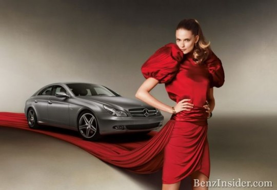 Julia Stegner is the new face of the international fashion activities of Mercedes-Benz