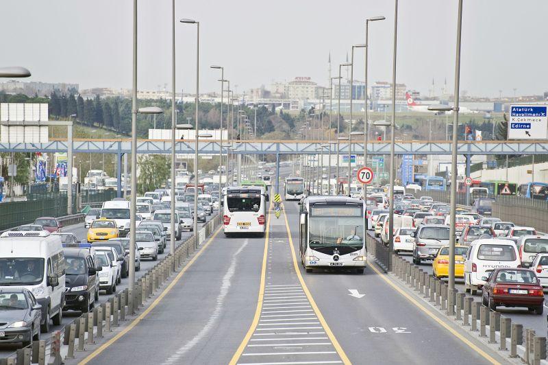 metrobus v Istanbule